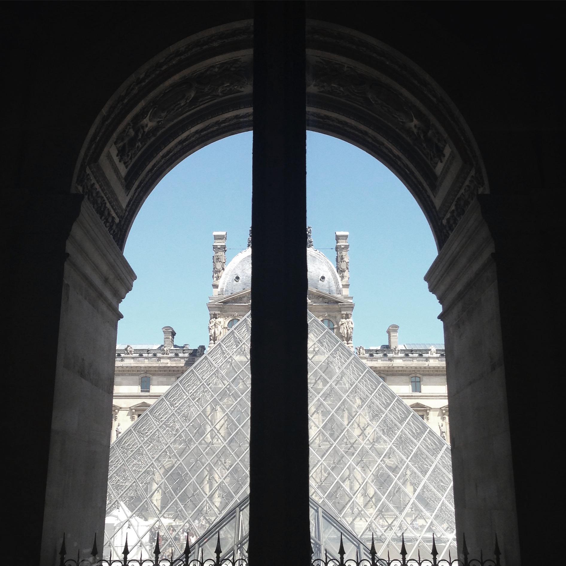 Lozidaze_Louvre_01