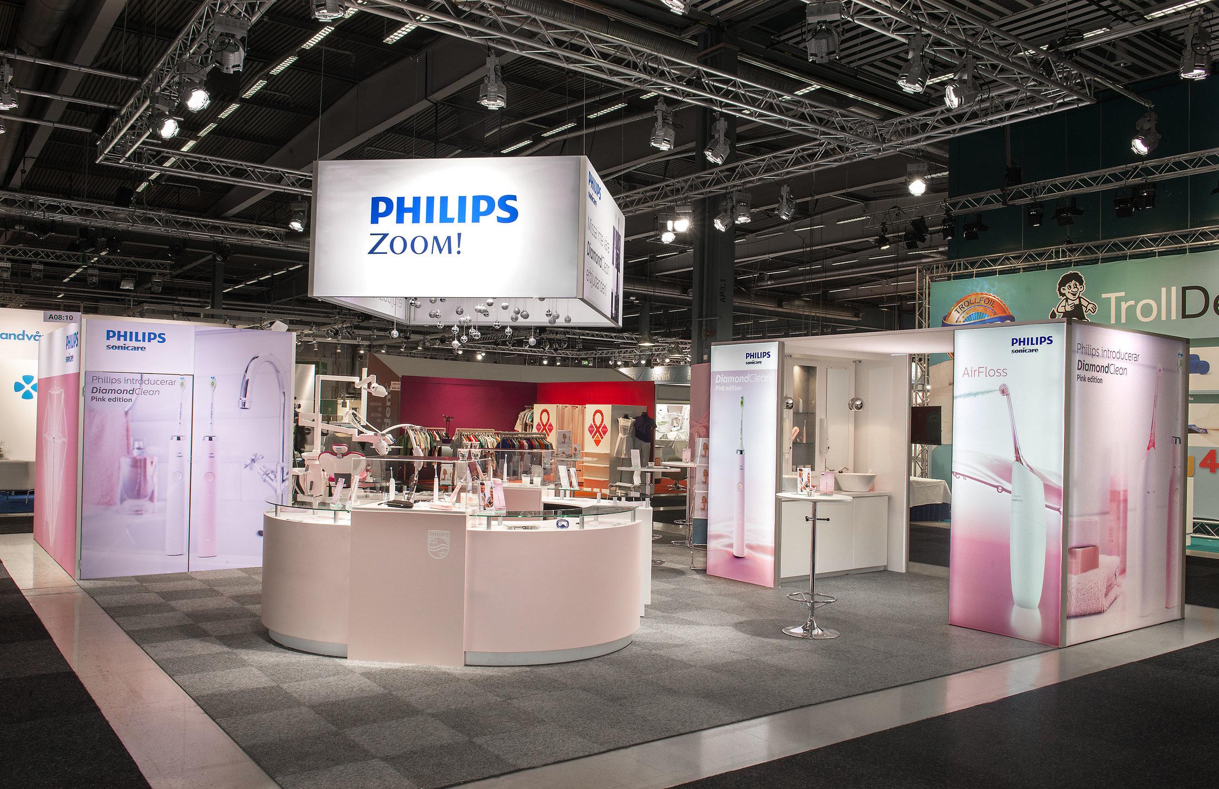 Rozbudowane stoisko wystawowe Philips
