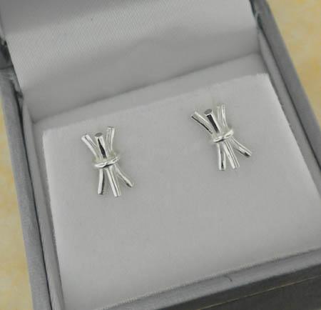 Sterling Silver St. Brigid's Rush Bale Earrings