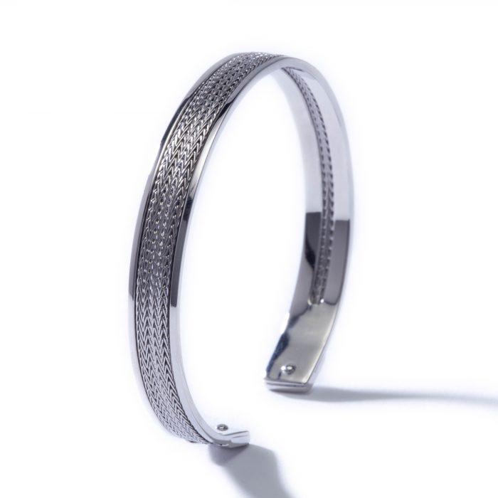 Idalia-Baudo-Jewelry-Muse-Silver-Cuff-01-700x700.jpg