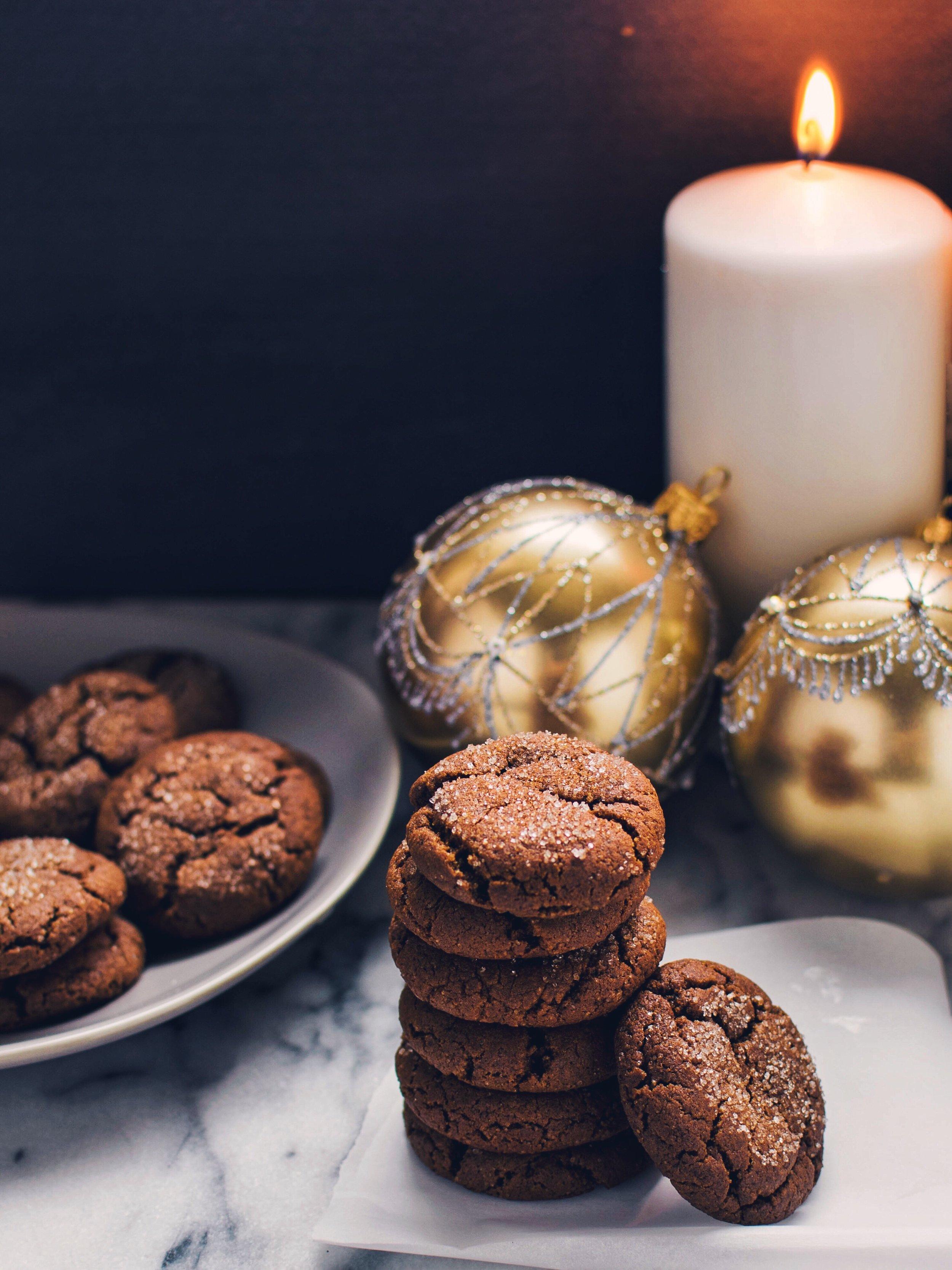 Chewy Gingerbread Cookies - Vegan