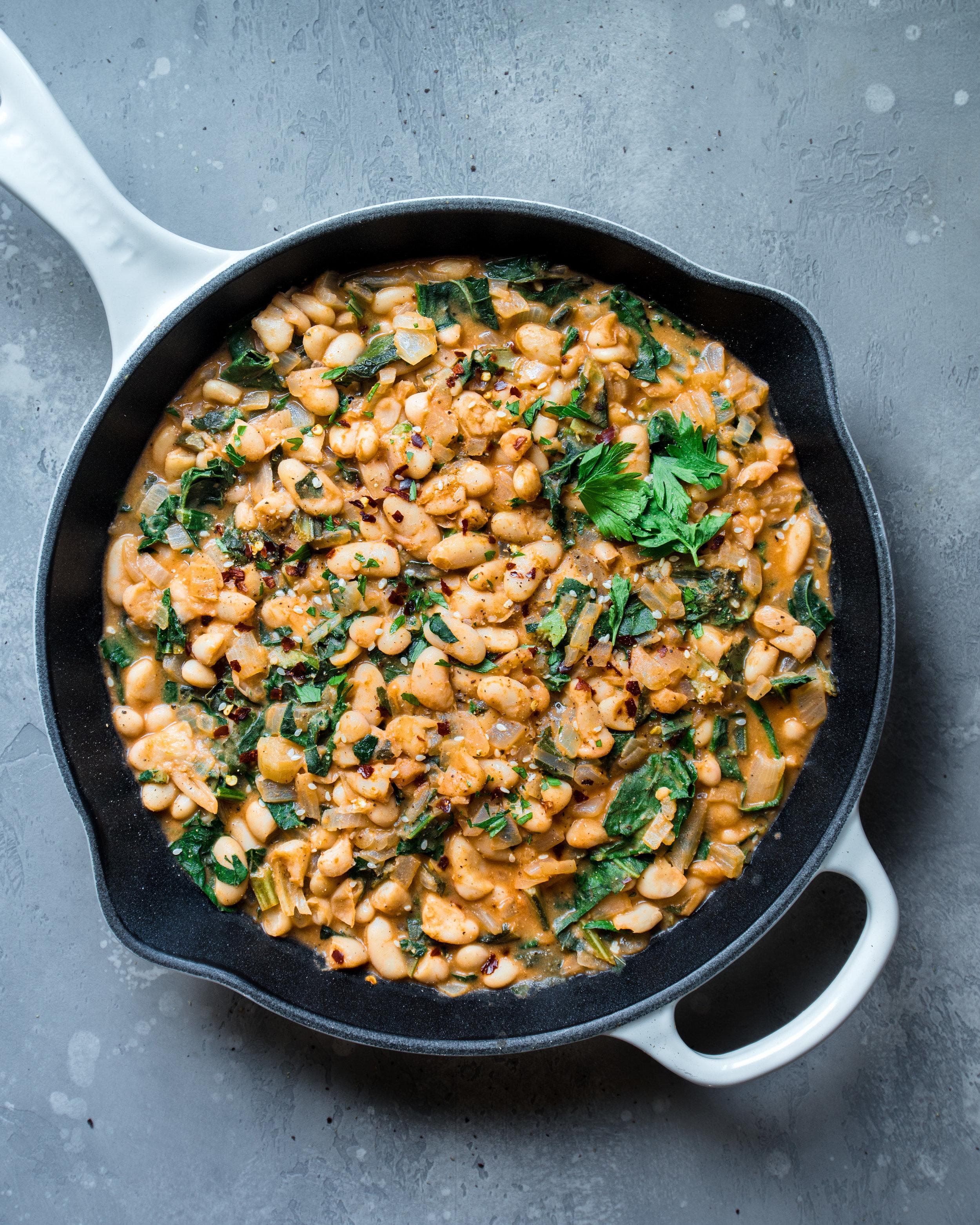 5-Ingredient Vegan Recipes, Creamy White Beans and Kale