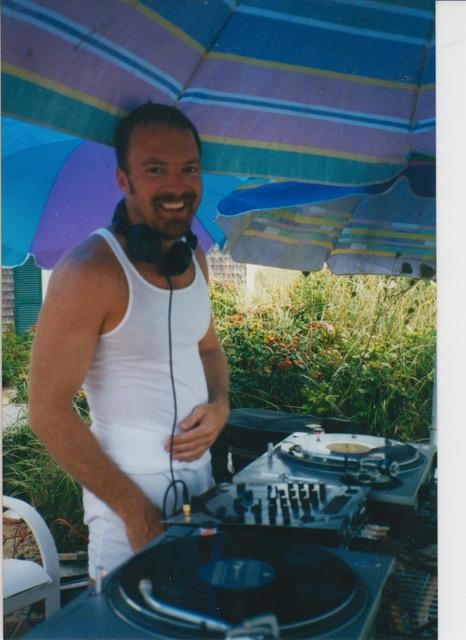 Lee rocks the WP 2001 001.jpg