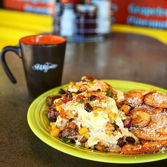 IT'S FATHERS DAY SPECIAL TIME YA'LL!!! We turned Kate's Cowboy Caviar into a carne asada benedict sndbits hot hot 🔥🔥🔥🔥🔥!!! So get your dad on down here and get it while you can because it's available TODAY ONLY!