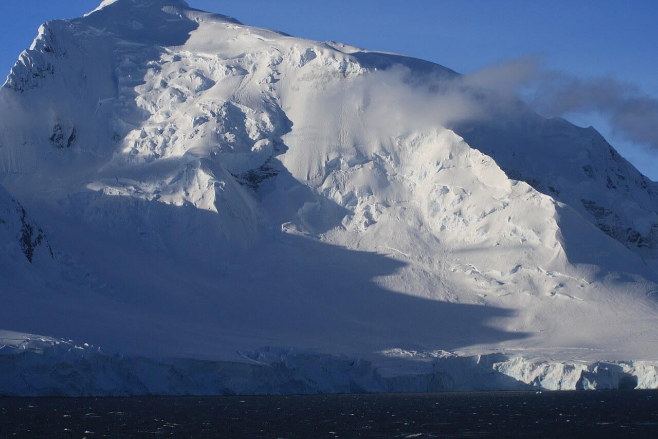 antarctica-1883778_1280.jpg