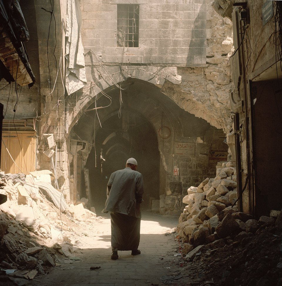 mr_rihawi_guide_old_souk_20x20.jpeg