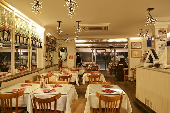 pizzeria-plaza-cadaques.jpg