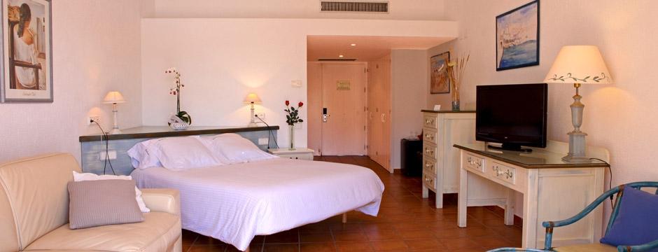 hotelportlligat2-940x360.jpg