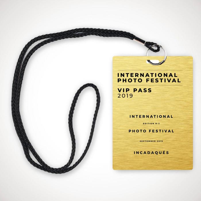 VIP PASS Gold InCDQ1.jpg