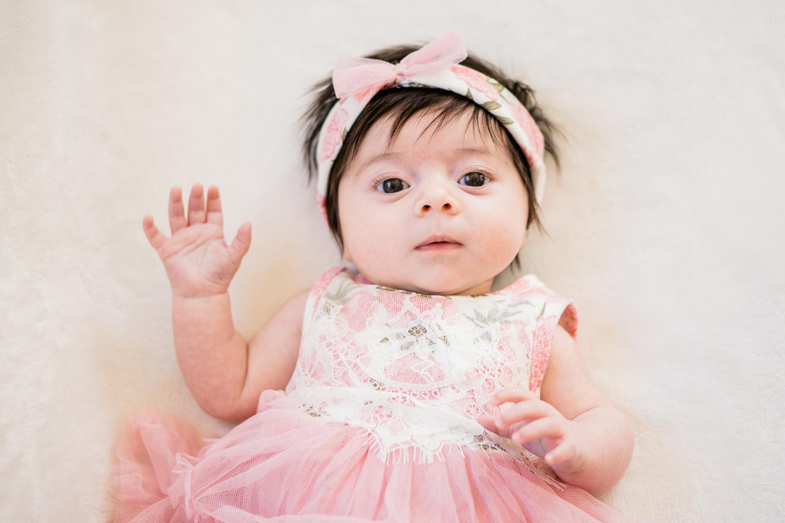 say hello newborn photo