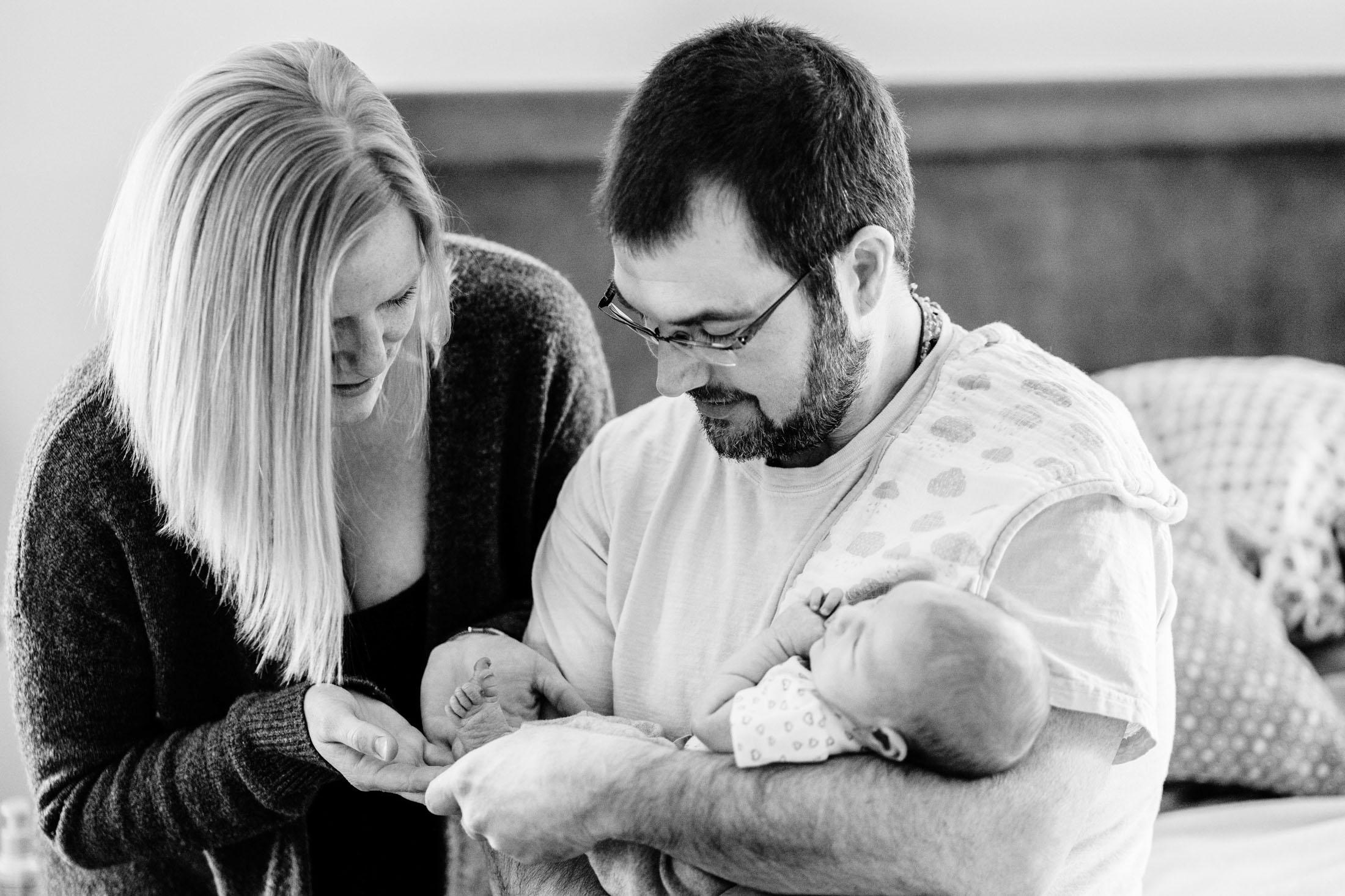Zoey In-Home Newborn Lifestyle Photo-20.jpg