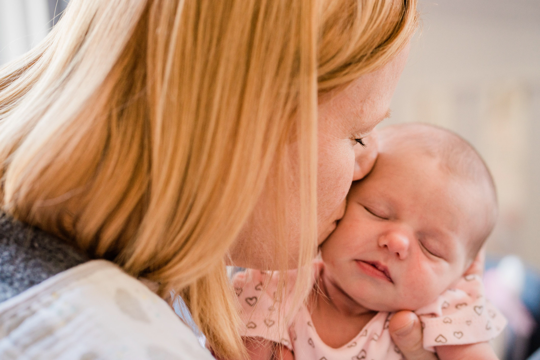 Zoey In-Home Newborn Lifestyle Photo-26.jpg
