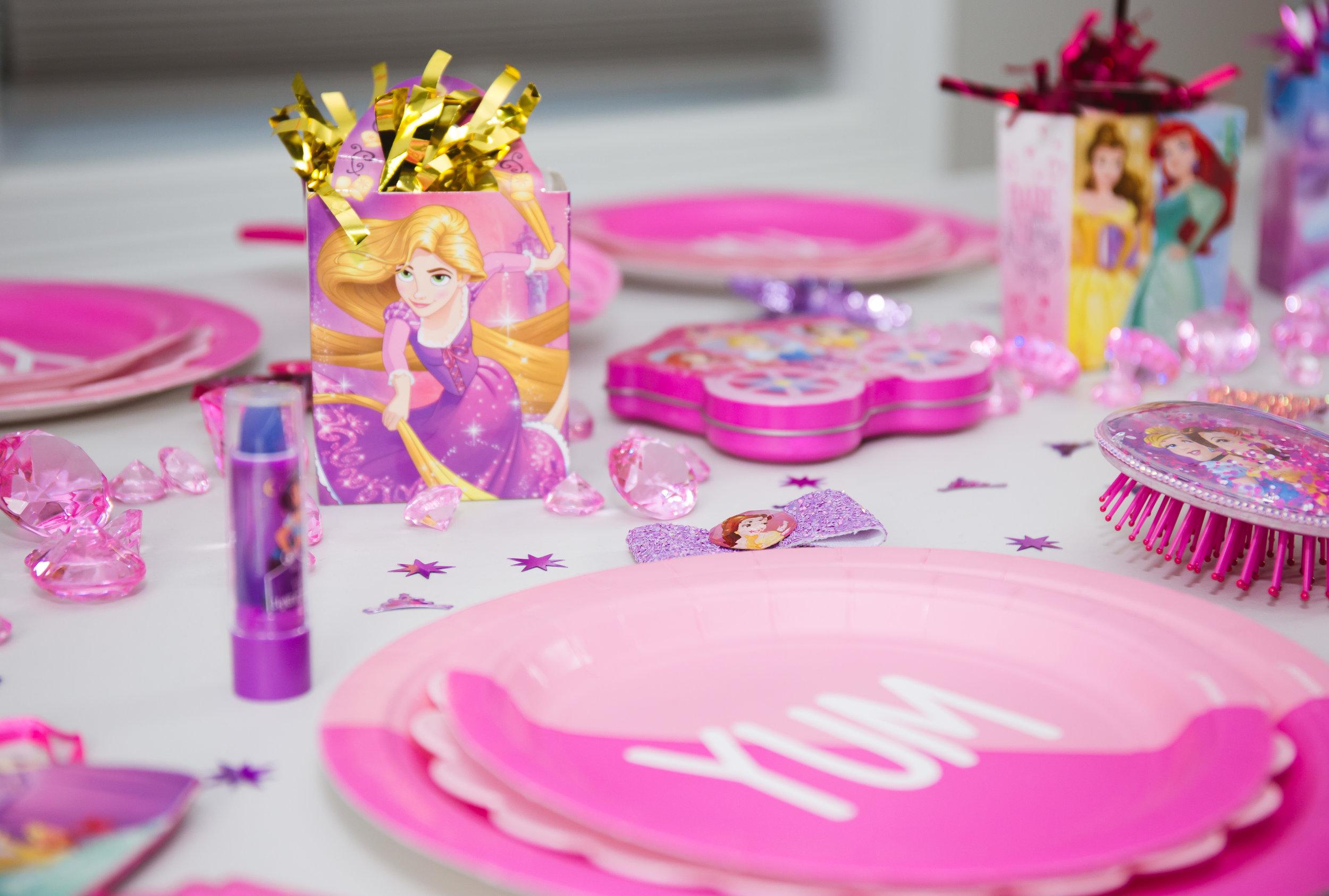 TOWNLEY GIRL DISNEY PARTY — Hey Girl Decor