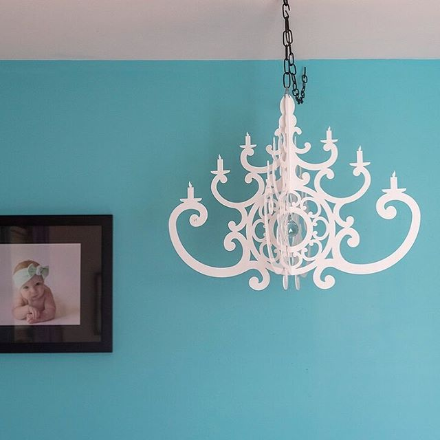 Monday let's do this. @lil_miss_averyanna #interiorismo #interior4inspo #kidsbedrooms #kidsbedroomdecor #kidsbedroom #turquoisecolor #colorpostss #bhghome #decorforkids #decorforbaby #pbkids #toddlerdecor #chandeliers #moderndecor #moderndecoration #kidsbedroominspiration #diydecor #interiorsforkids #thekidsarealright #mondayinspiration #babydecoration #babydecor