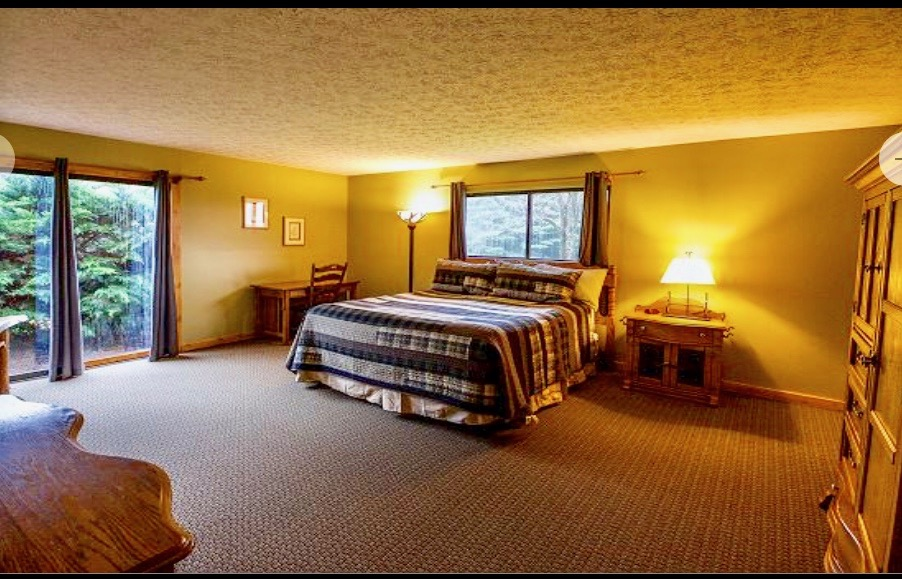 - 625.00 per person. (double occupancy)Sleeps two (2). Shared King Bed, shared bathroom. Perfect for couples or good friends. Please let us know the name of the person you will be rooming with when reserving your room.SOLD OUT