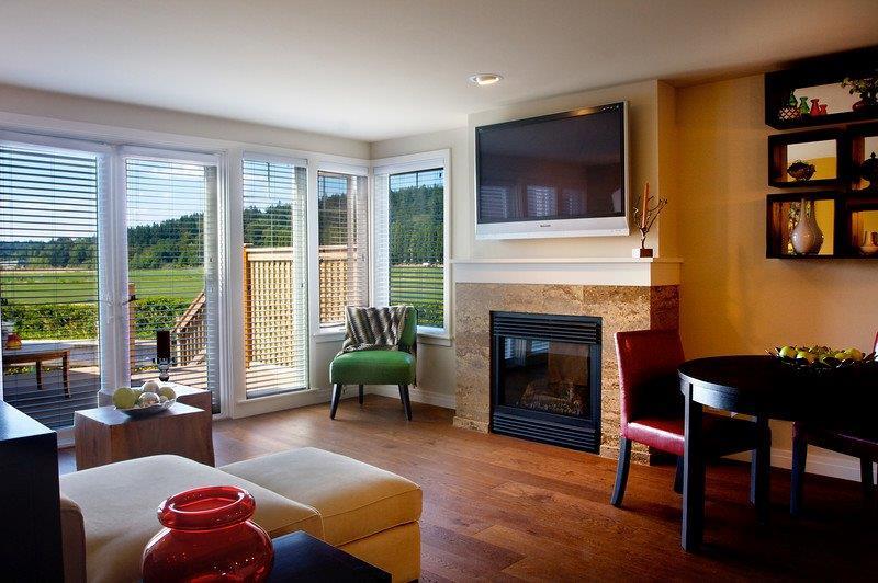 Villas Interior.jpg