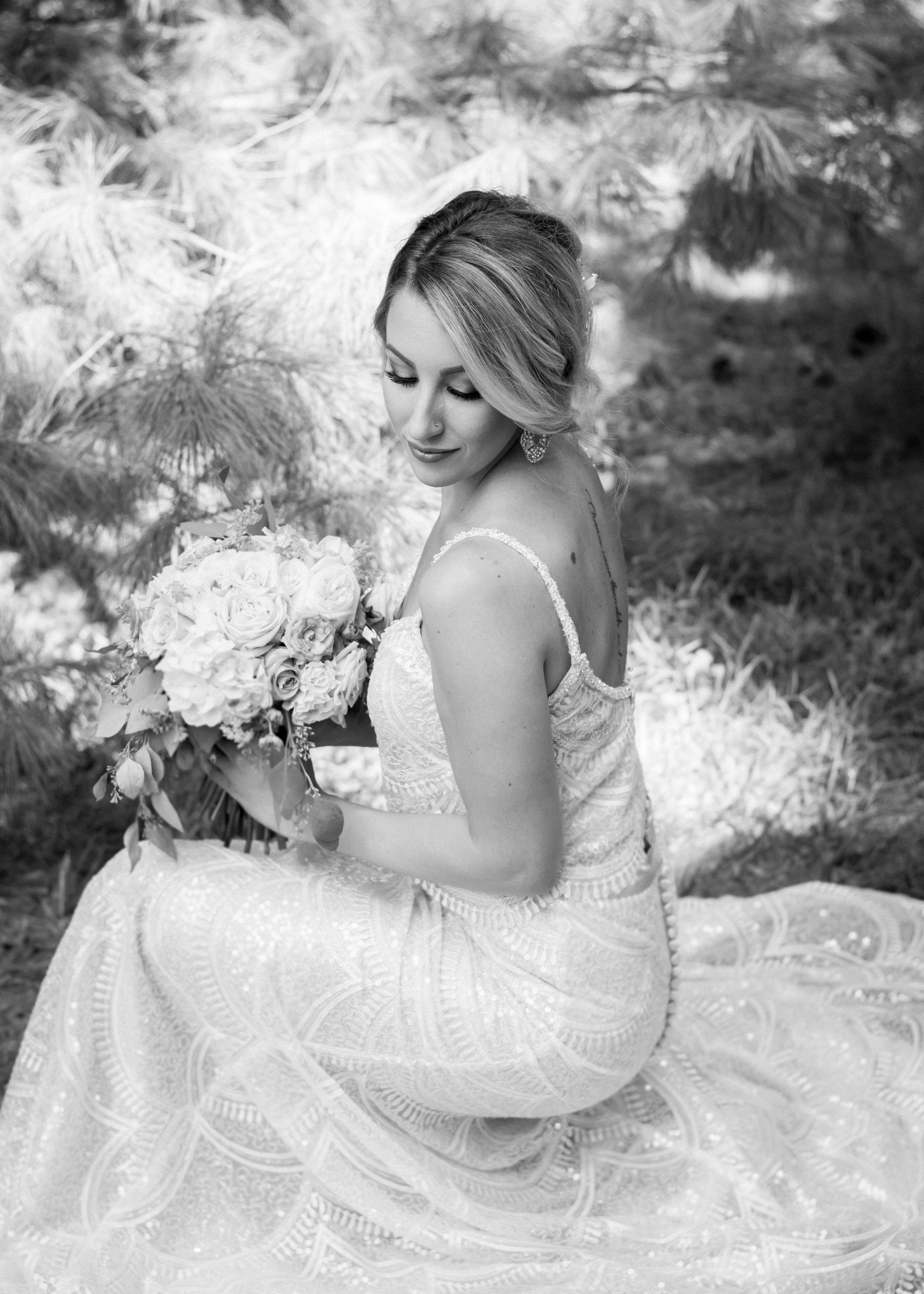poplar.bluff.bridal.photography.purple.flowers