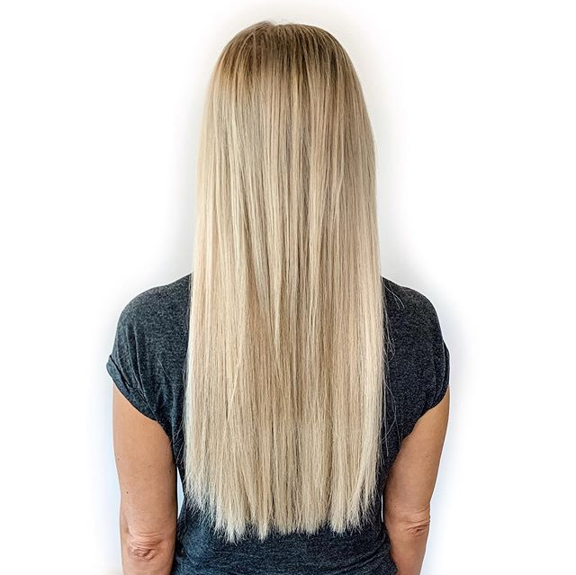 There's just something about adding length and volume that I can't help but LOVE! (Swipe to see that glorious transformation)⠀ ⠀ My gorgeous client is a natural blonde and with about 150 fine sized Great Lengths strands, we added tons of length and volume - that doesn't feel heavy or look unnatural - yet *still* gives those goddess hair vibes.⠀ ⠀ Dear friends, I have to tell you that lately - I've become witness to a trend of not-so-good hair extension experiences and it's something we HAVE to talk about.⠀ ⠀ There are things that happen on a consistent basis that we just can't ignore - and I just have to tell you that the experiences that have been shared with me lately are just NOT OKAY!⠀ ⠀ One of my biggest goals with instagram and showing the transformations that are possible with hair - is one thing. INFORMATION!⠀ ⠀ My BIGGEST motivation for the way I write here, and even the conversations I have with my guests is to simply inform.⠀ ⠀ When I started my journey with hair extensions - it was years ago and it's been a LONG road. I've worn it all and have had many experiences of my own that were less than desirable.⠀ ⠀ Nothing changed until I learned. So I researched, and everything I found didn't really have an answer. I figured out that the information that exists for the consumer specifically - was fluffy, or simply negating the wear of hair extensions. What kind of conclusion is that?!⠀ ⠀ Nothing I found addressed the problems or was even truly reliable enough to pass along to someone who was actually looking for answers.⠀ ⠀ There's only so much I can say because seeing and hearing the stories - almost isn't enough.⠀ ⠀ Sooo we've GOT to talk about it. Let's get back to basics and really address some of the questions I get and talk about how to avoid having a horror story of your own.⠀ ⠀ With my next few posts we're going to bust a few hair extension myths and get reaallly real on red flags, what to look for, and how to know if what is happening with your extensi