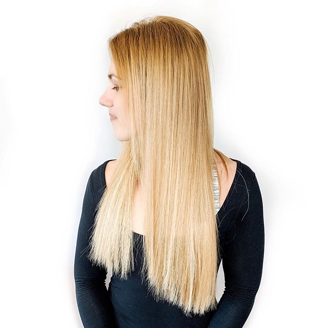 💍3 REASONS TO CHOOSE A FUSION METHOD OF HAIR EXTENSIONS FOR YOUR WEDDING💍⠀ ⠀ ✨Styling your hair whichever way you want because there aren't clips or wefts to hide ⠀ ⠀ ✨Having bomb hair before the big day AND for all of the things leading up to the big day (Yes, you can totally time your appointments for this, too)⠀ ⠀ ✨Not having to think about moving up extensions or re-taping before the event AKA one less thing to think about⠀ ⠀ ✨Feeling like a freakin' goddess because YOU ARE, DUH!⠀ ⠀ Oops that was 4 but trust me it was hard to limit this list😉⠀ ⠀ The best time to plan for your wedding hair will vary on a handful of factors, but as always - the first step is to book your consultation!⠀ ⠀ The sooner you start creating a timeline for your hair, the easier it will be to make the best decision for you AND your hair for the big day. ⠀ ⠀ Are you ready to meet? Click the link in my bio to get started!⠀ .⠀ .⠀ .⠀ .⠀ .⠀ .⠀ .⠀ .⠀ .⠀ .⠀ .⠀ .⠀ .⠀ @hairbykristinleigh⠀ #michiganhair #troymi #rochesterhills #metrodetroit #birminghammi #semichigan⠀ #oaklandcounty #oaklandcountystylist #hairextensionspecialist #greatlengths #michiganextensionspecialist #howiwearmygl #hairextensionsalon  #48009 #birminghamhairstylist #longhairextensions #birminghamextensions #fusionextensions #volumeextensions #bridalinspo #mibrides