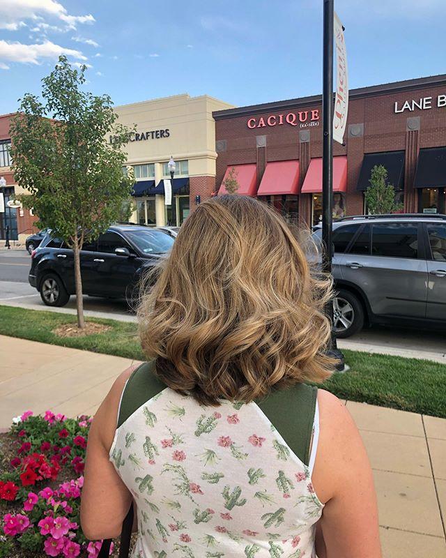 That blend tho ❤️❤️❤️❤️❤️❤️❤️❤️❤️👏🏼❤️❤️❤️❤️ • • • • Book online - link in bio 🖥 📱 💻 ⌨️ • • • • #VudoHair #JayforVudoHair #Vudo #Hair #VudoHairSalon #Salon #Denversalon #hairsalon #hairstylist #denverhairsalon #303hair #5280hair #denver #salon  #LetMeBeYourHairDaddy #HairDaddy #colorbar #balayagespecialist #balayage #colorspecialist #haircut #hair #hairart #👨🏼🎨 #🦄