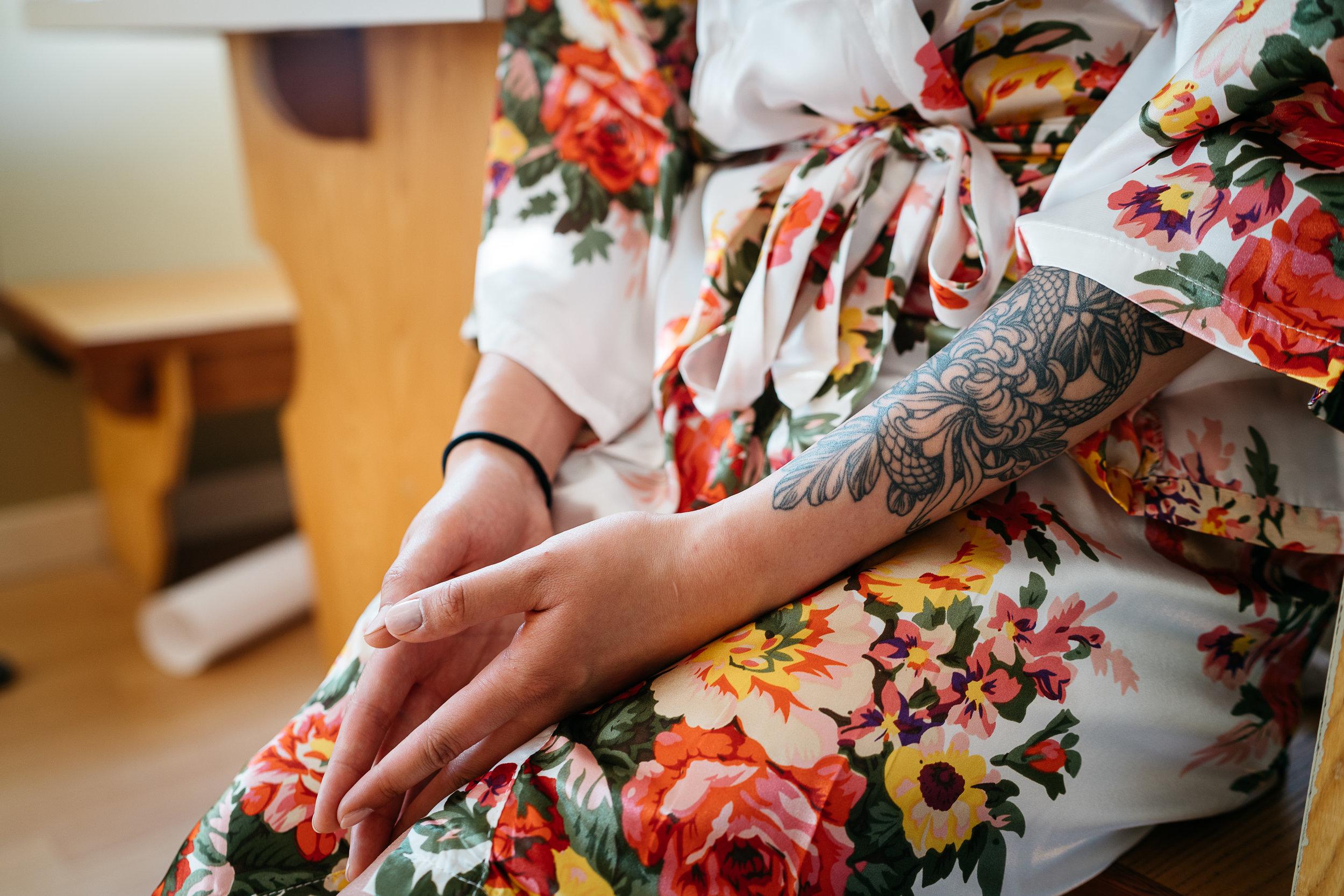 Wedding_01a_getting_ready_Jenny-34.jpg