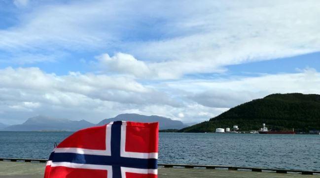 Goda relationer till Norge är något som Klas flaggar för. Bild: Yle/PekkaPalmgren