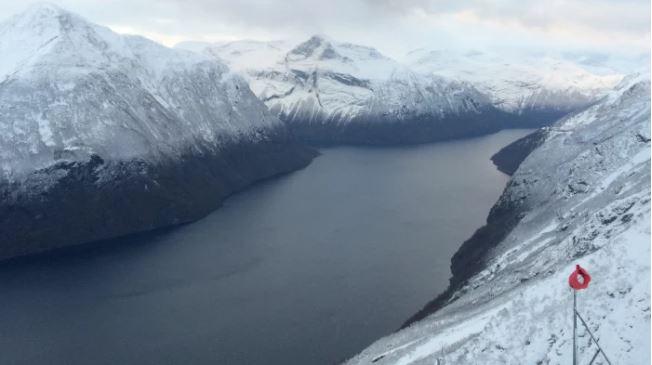 I fjordarnas förlovade land finns också handelsmöjligheter för finska företag. Bild: YLE/Lotte Krank-van de Burgt