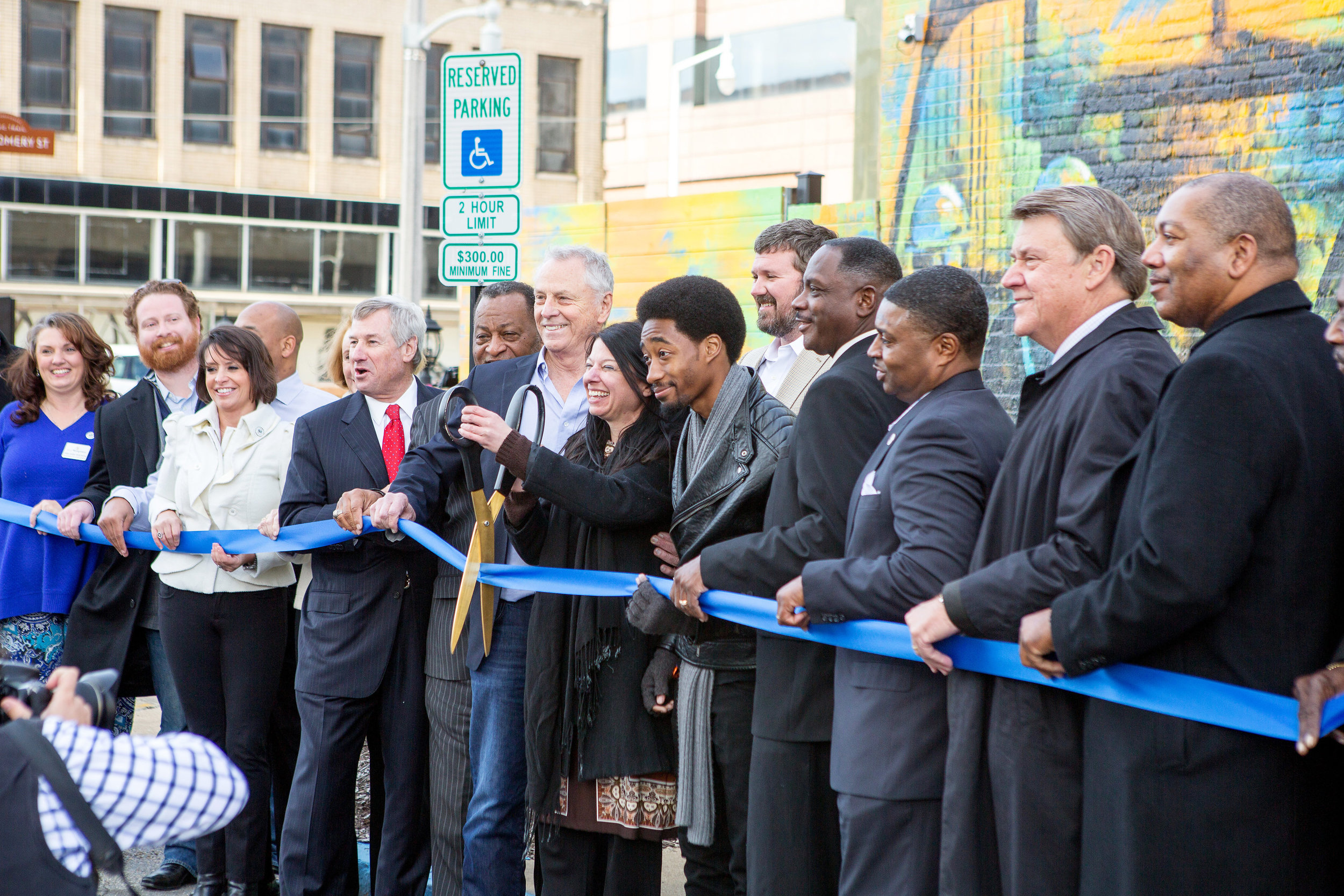 Selma mural ribbon cutting 3 -- DiAnna Paulk.jpg