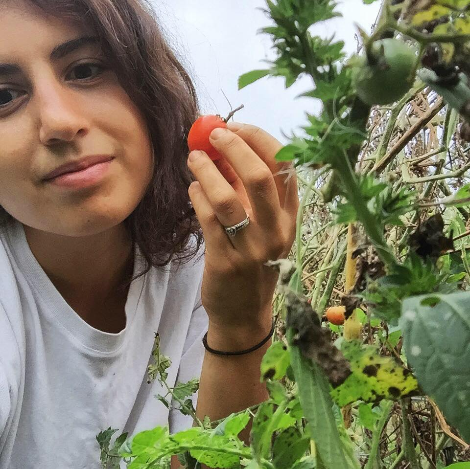 MEET LEAH - 27, Writer, Photographer, Illustrator & Farmer Oaxaca, MexicoSURRENDERING HER LEASE IN BROOKLYN TO TRAVEL AND FARM, LEAH TAKES US ON HER JOURNEY OF HEALING & GROWTH TO REBUILD HER IDENTITY