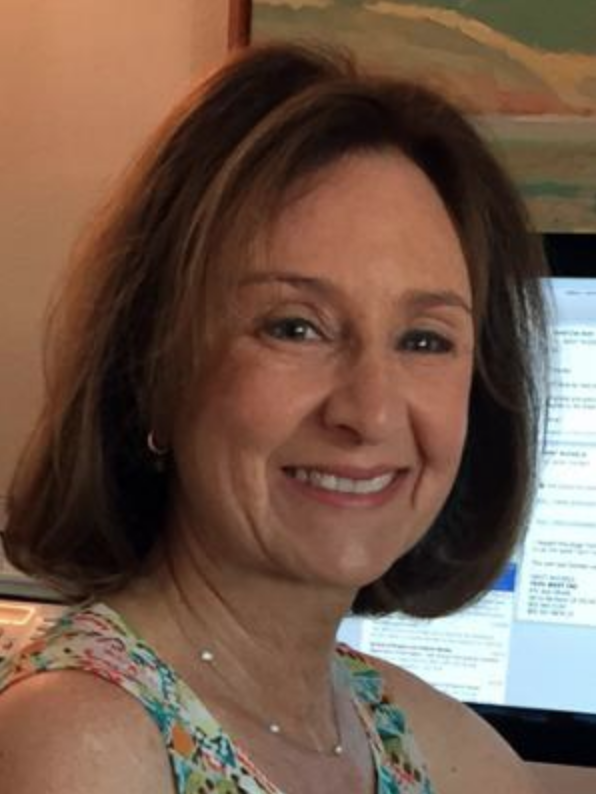 Continuing Lecturer Janet Mizrahi teaches journalism, public relations , business and science writing courses in the Writing Program.
