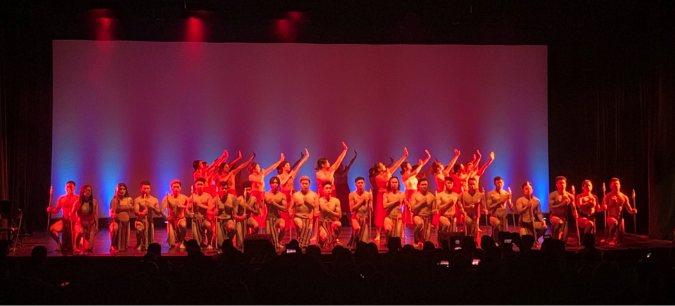 The first Filipinx dance of the show, Takiling, featured over 30 dancers performing choreography by Josh Vilela and Janus Bungag.