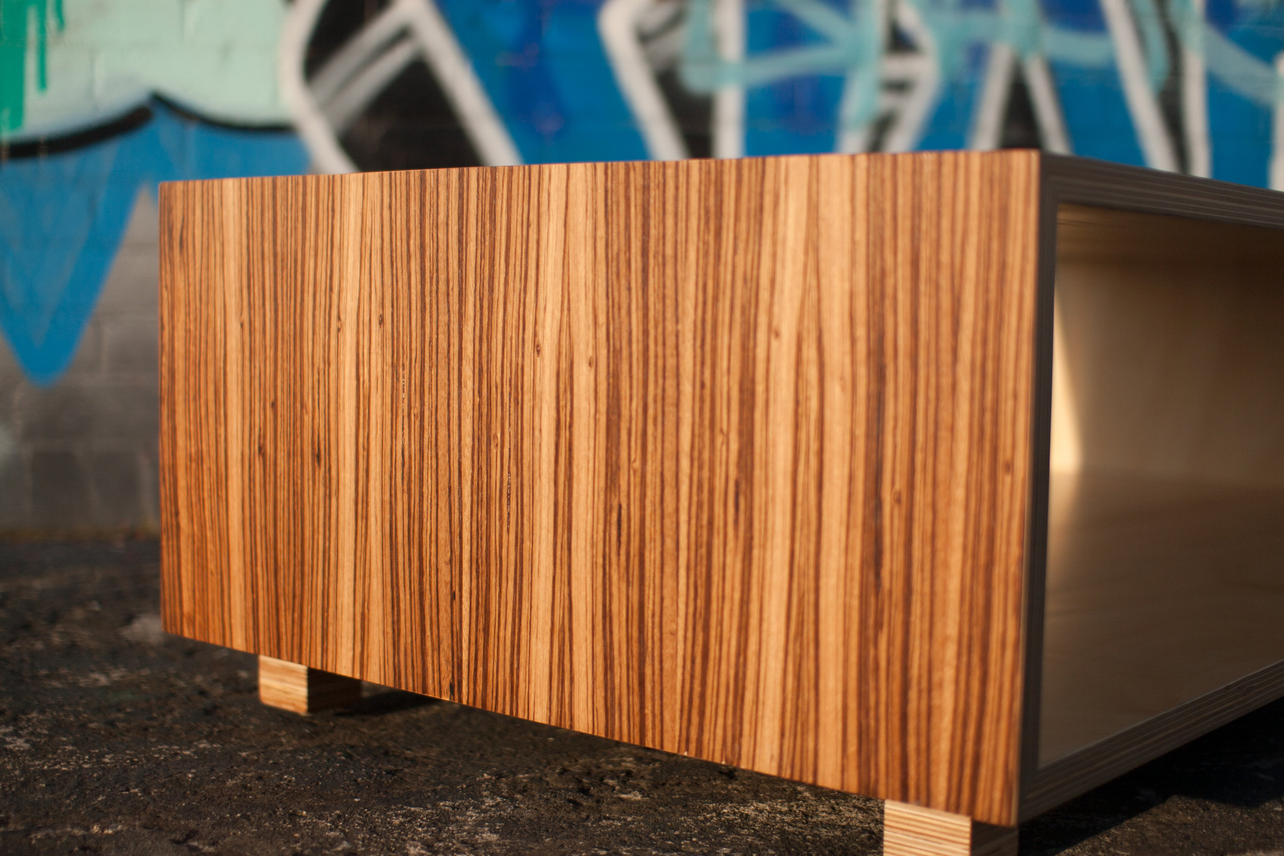 Coffee Tables & Sideboards