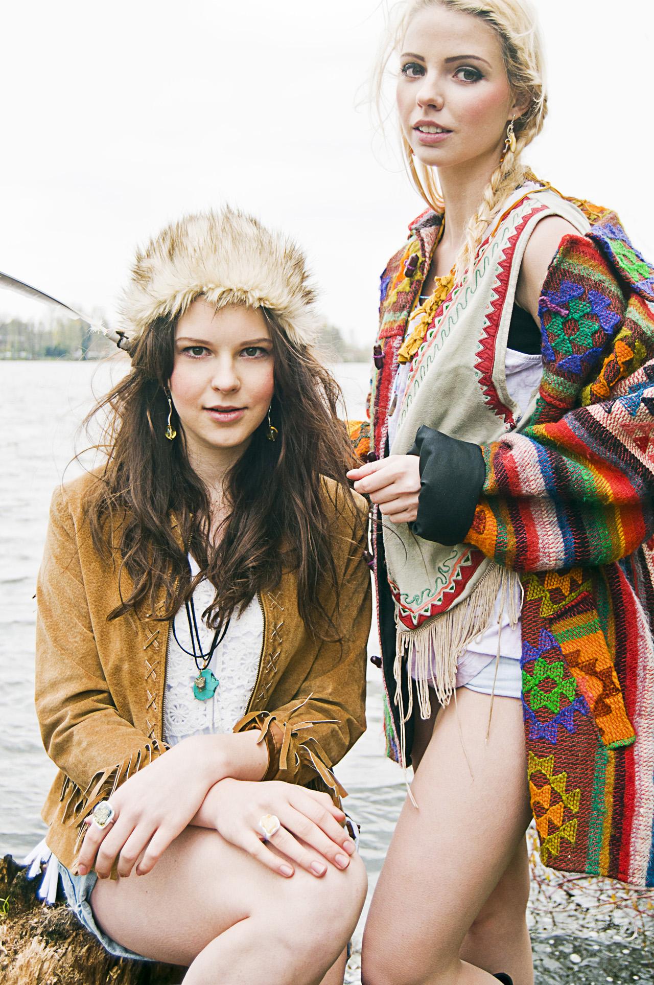 The hippy girls -