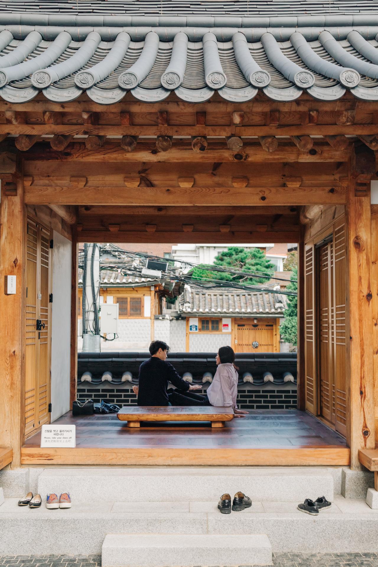 Bukchon-Hanok-Village-3.jpg