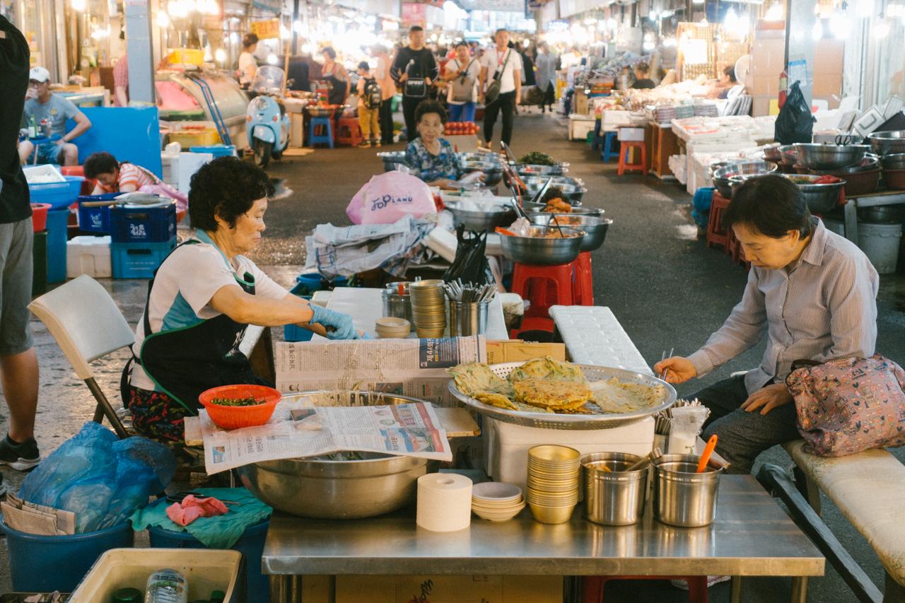 Kwang-Jang-Market-5.jpg