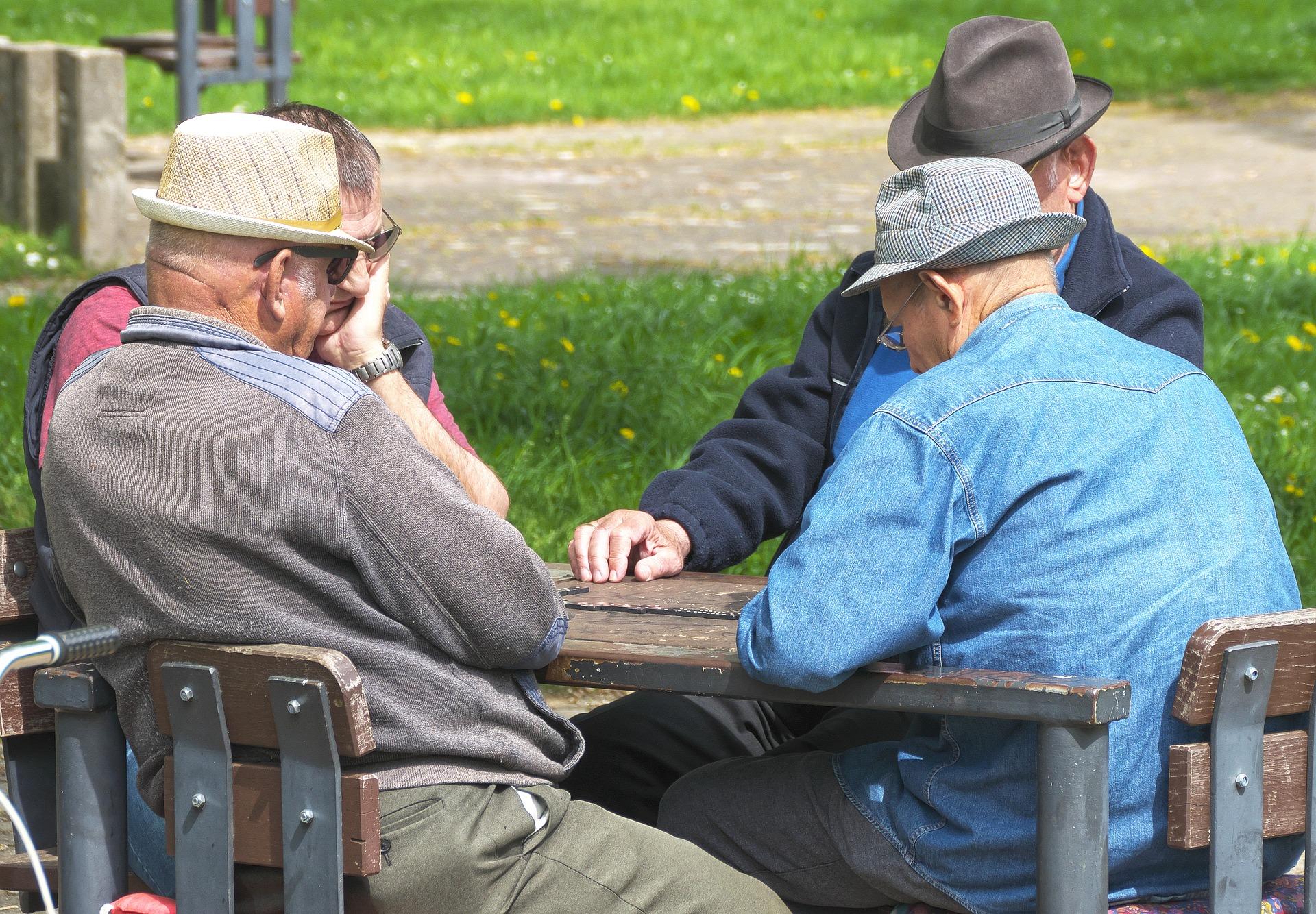 Wir müssen wohl mit weniger Rente rechnen. Dividenden sind eine mögliche Art, sie aufzustocken