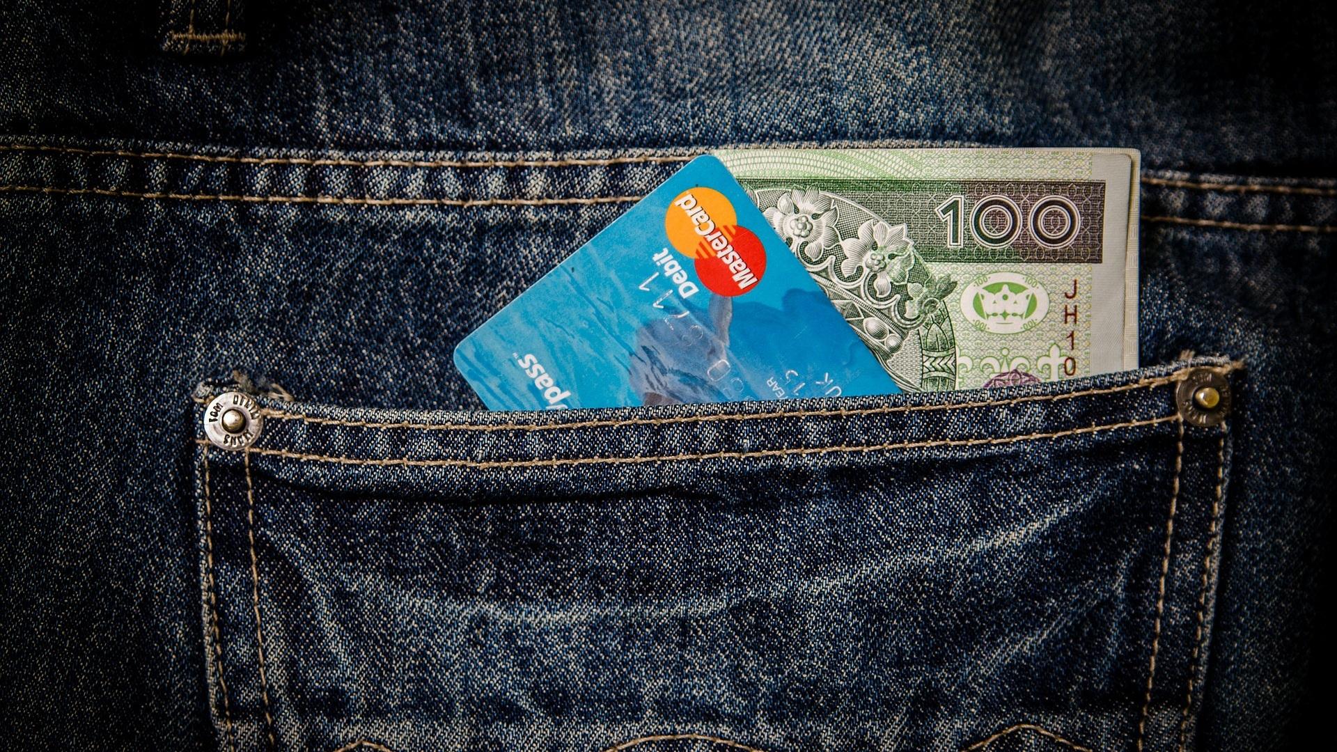 Geld ist ein praktisches, universelles und sehr kompaktes Tauschmittel