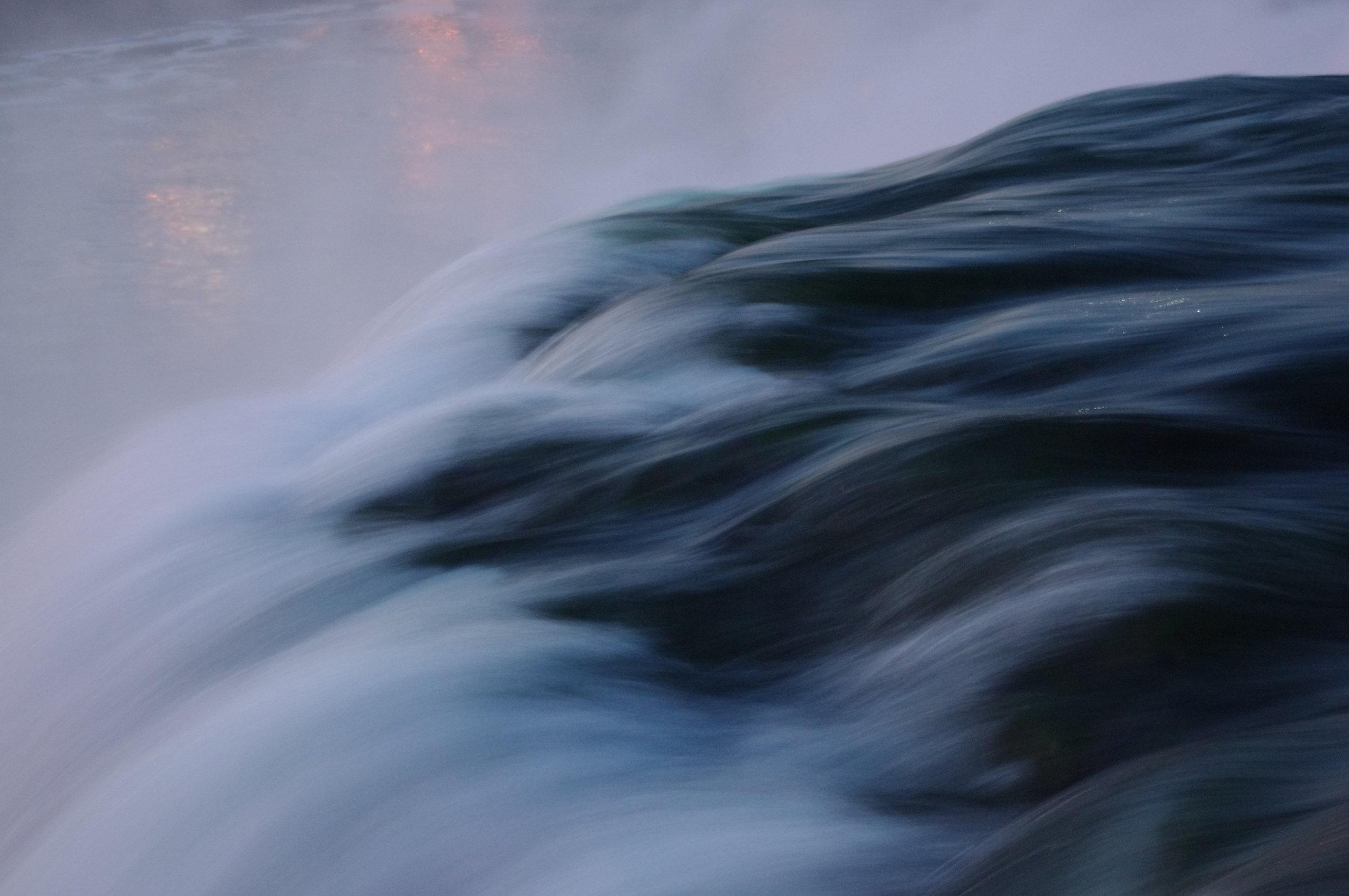 waterwave.JPG