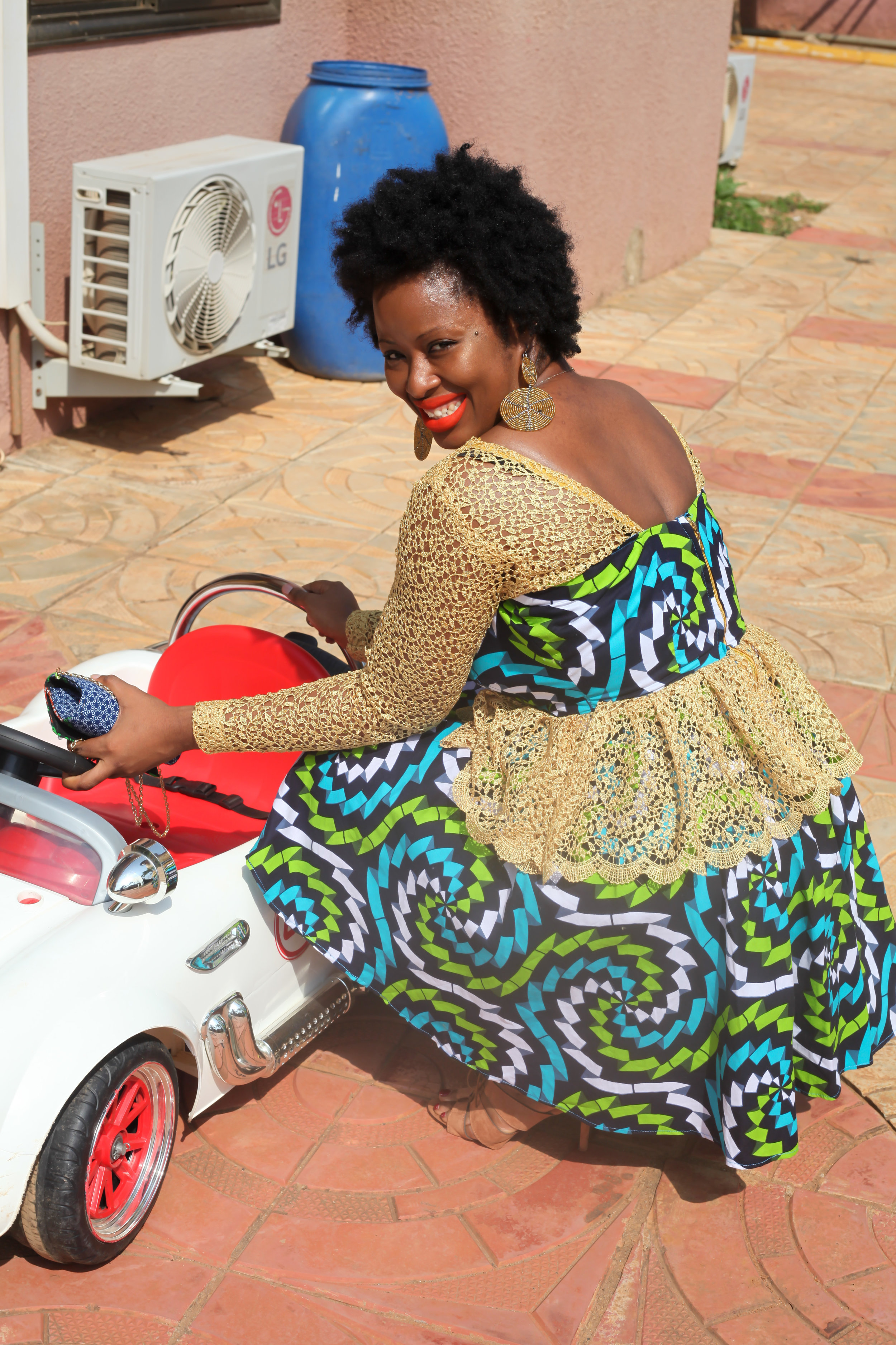 AfricanFashion-VickieRemoe-Wedding-Style-Ankara21.jpg
