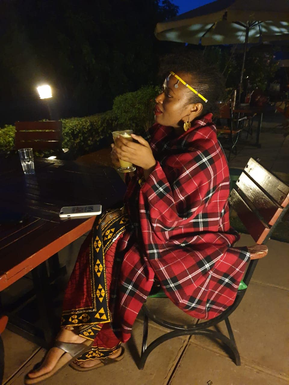 I bought this traditional Maasai throw at the market at Prestige Plaza. It is a gift but chale I was cold so I borrowed it. This photo was taken at Mama Ashanti, a West African restaurant in Nairobi. I wasn't too hungry so I only ordered suya. If I lived in Nairobi though I would return to Mama Ashanti everyday to sit in their garden and drink their dawa. This is the best dawa I have ever had. Go Google dawa. Its a hot ginger and lime drink and its sooo good.