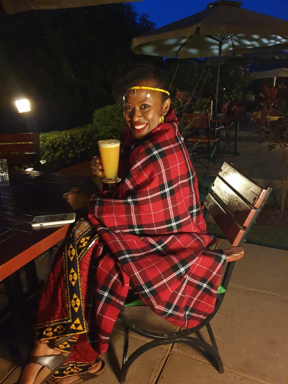 Nairobi-kenya-travel-eat-see-do-vickieremoe-72hours-EastAfrica-giraffe-shopping-TV38.jpg