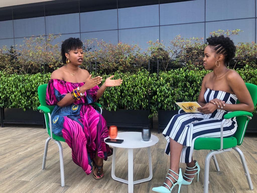 Nairobi-kenya-travel-eat-see-do-vickieremoe-72hours-EastAfrica-giraffe-shopping-TV48.jpg