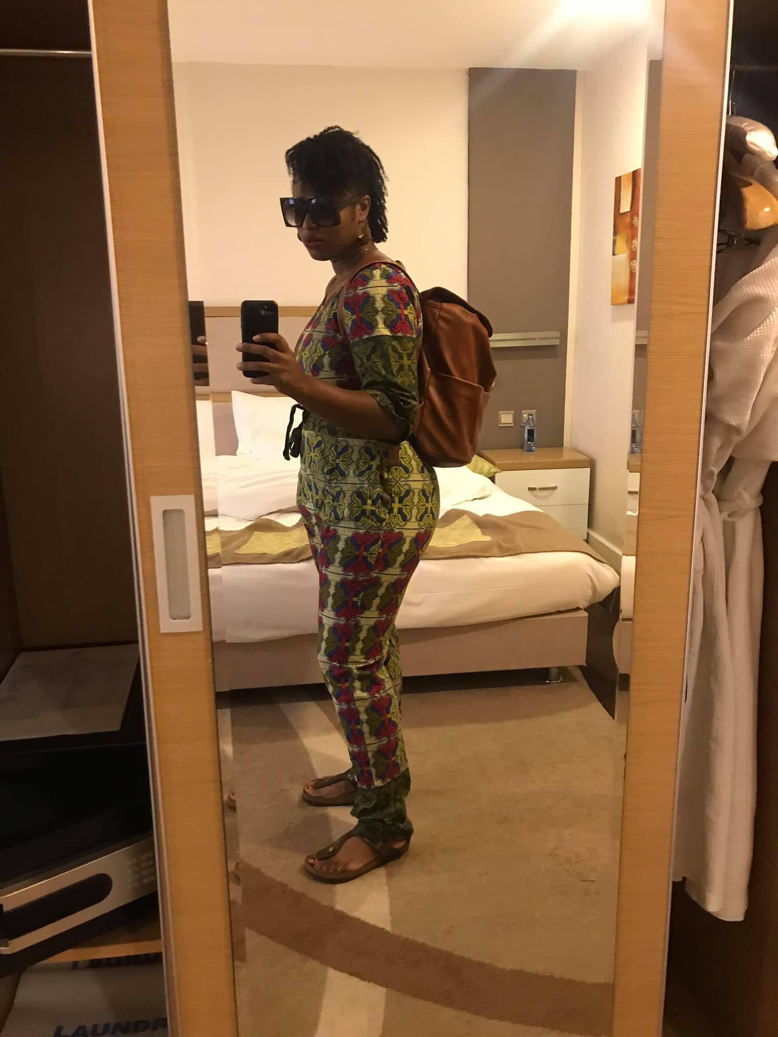 Nairobi-kenya-travel-eat-see-do-vickieremoe-72hours-EastAfrica-giraffe-shopping-TV47.jpg