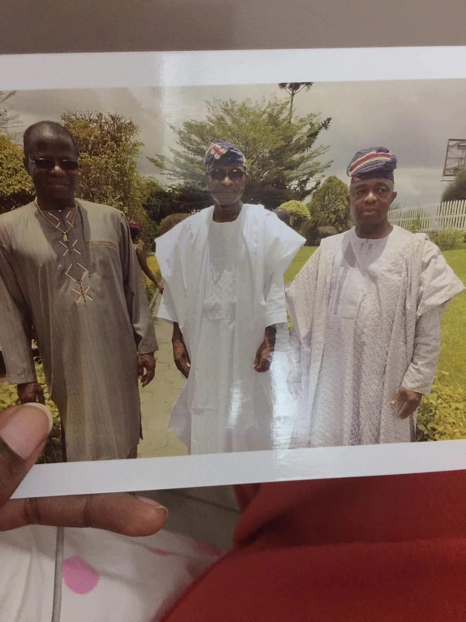 Daddy meet two of his brothers for the first time in Lagos