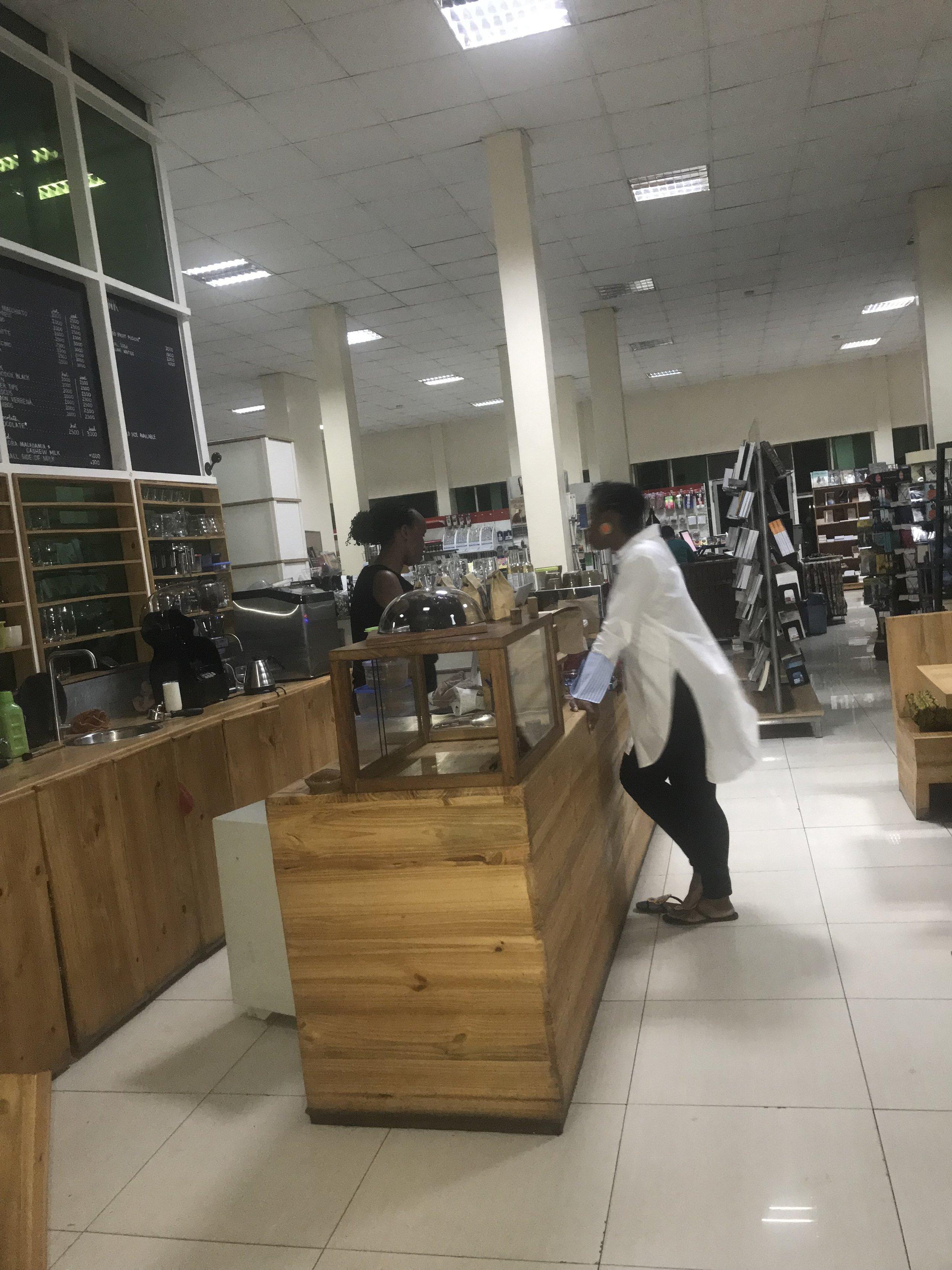 IMG_6219 2VickieRemoe-travel-kigali-rwanda-review-kwibohora25-hotels-africa.JPG