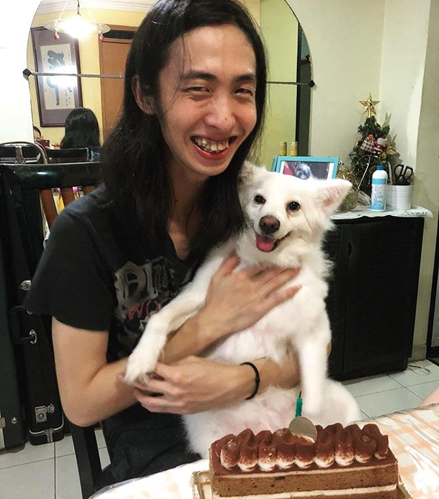 Happy Birthday to our Wayne! We had a simple celebration. 😇 Thank you all for the well wishes! #luthiersg #luthiersingapore #birthday