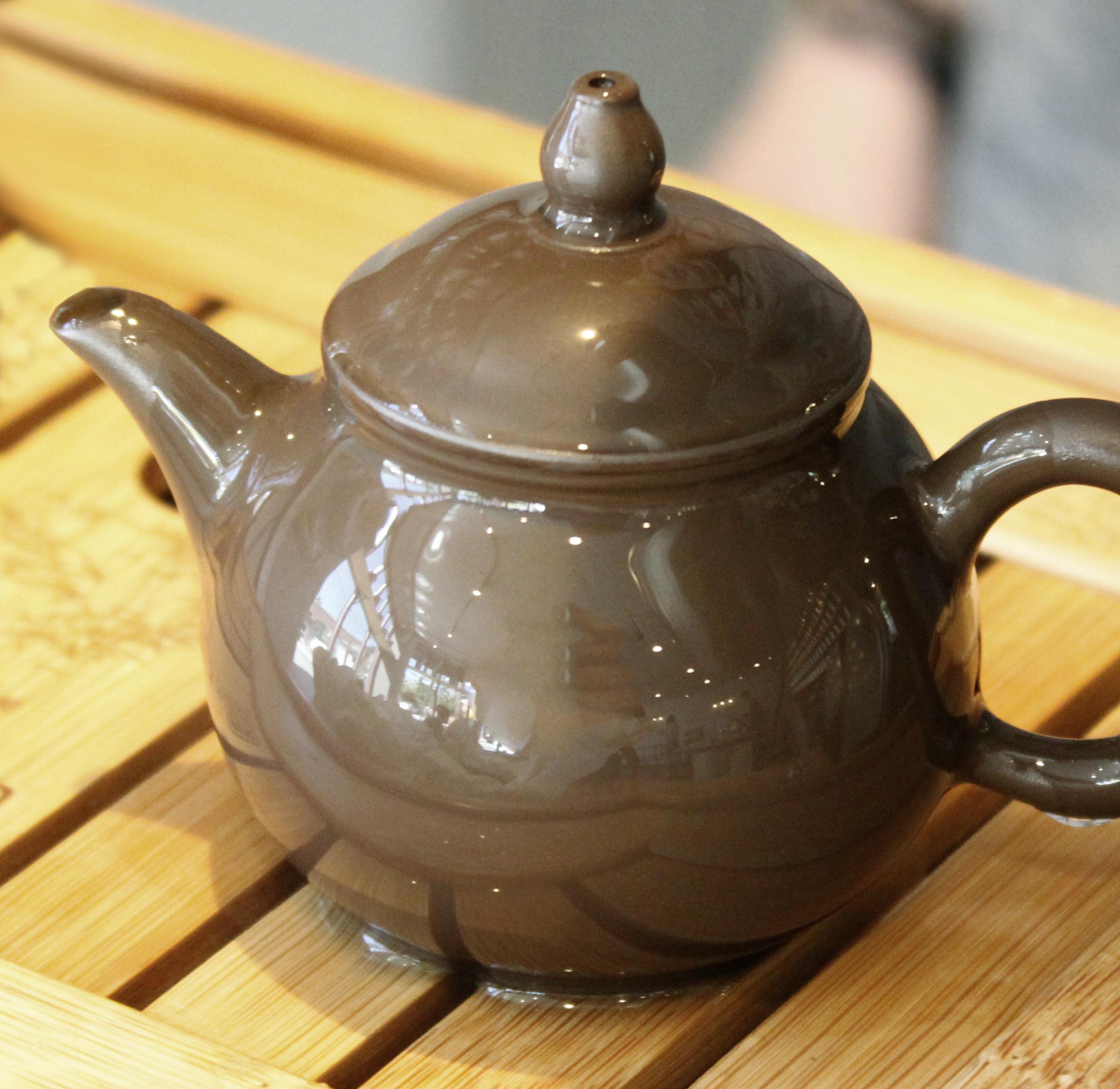 Taiwanese-Clay-Teapot.jpg