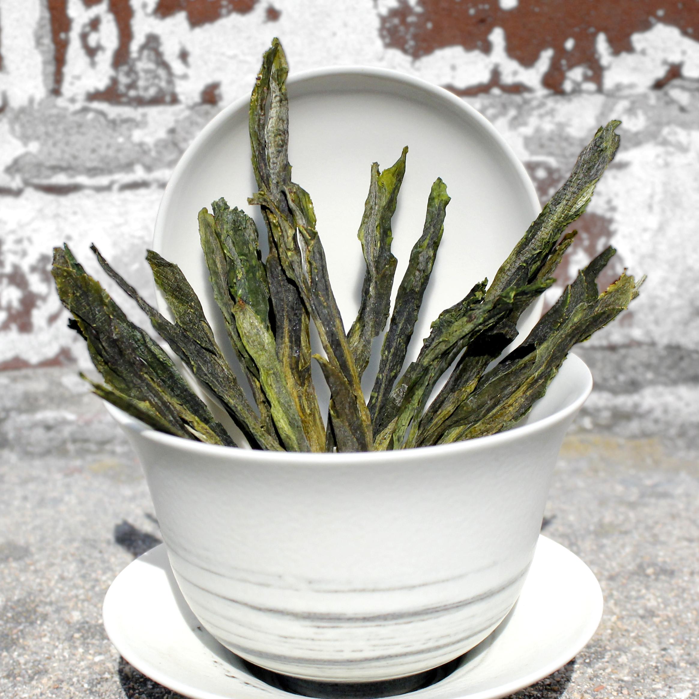 tai-ping-hou-kui-green-whole-leaf-loose-tea-itw1.jpg