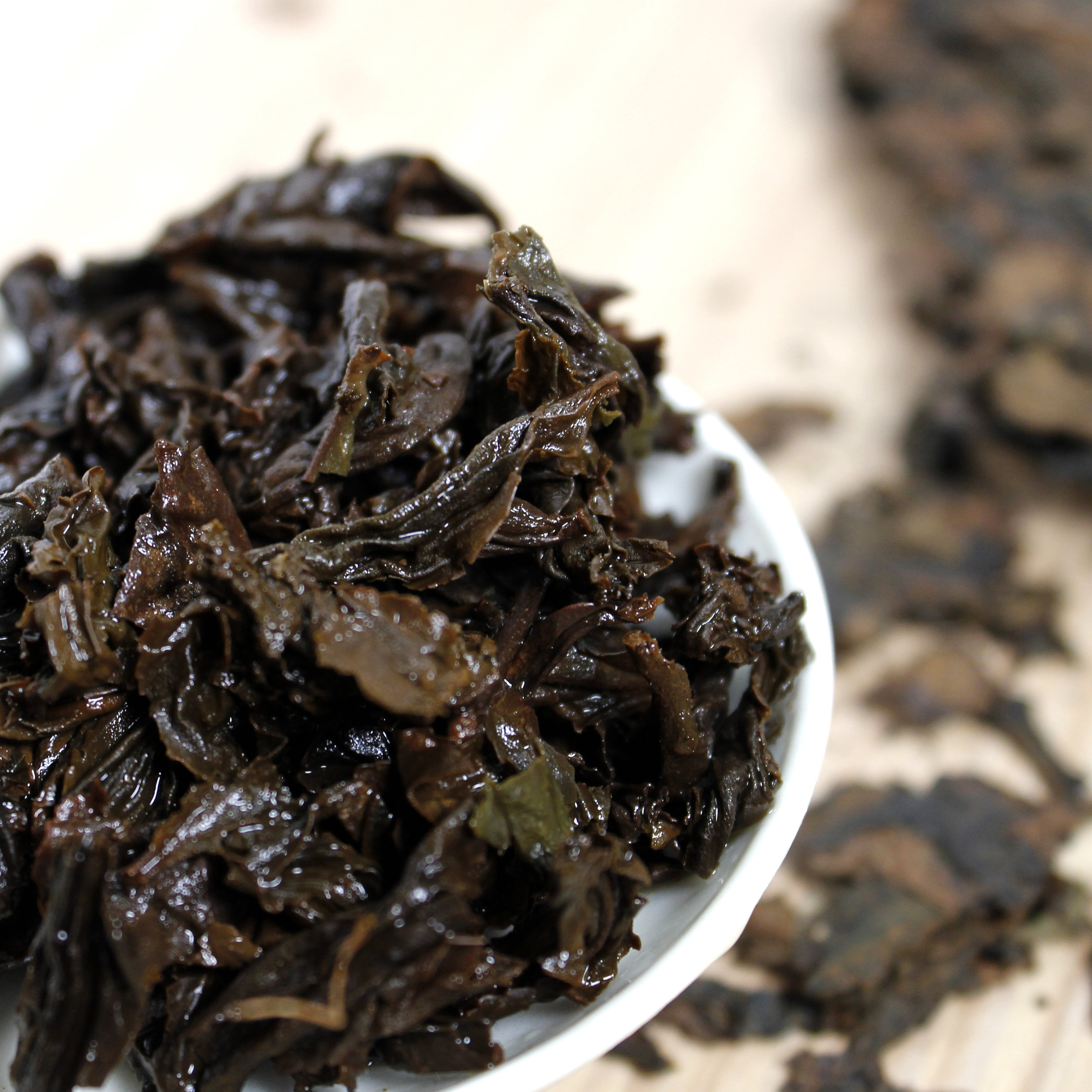gaba-tea-cake-whole-leaf-tea-oolong-itw3-2019a.jpg