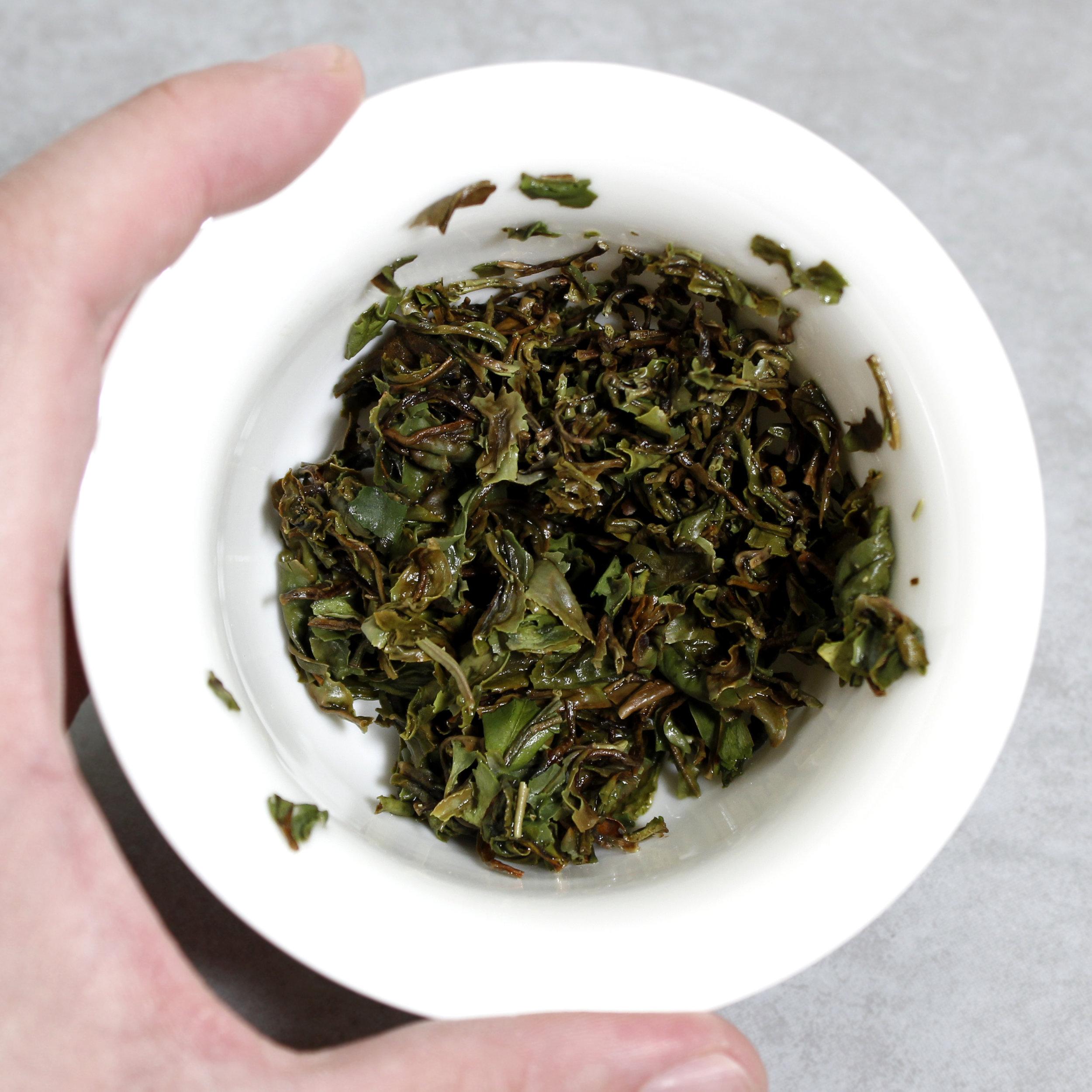 darjeeling-1st-flush-jungpana-estate-wonder-muscatel-black-whole-leaf-tea-itw2.jpg